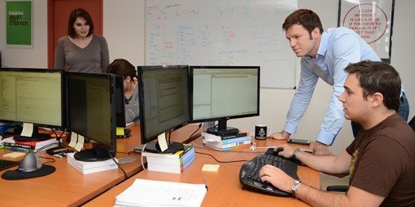 Photo de l'équipe LabOxy lors du reportage de Midi Libre